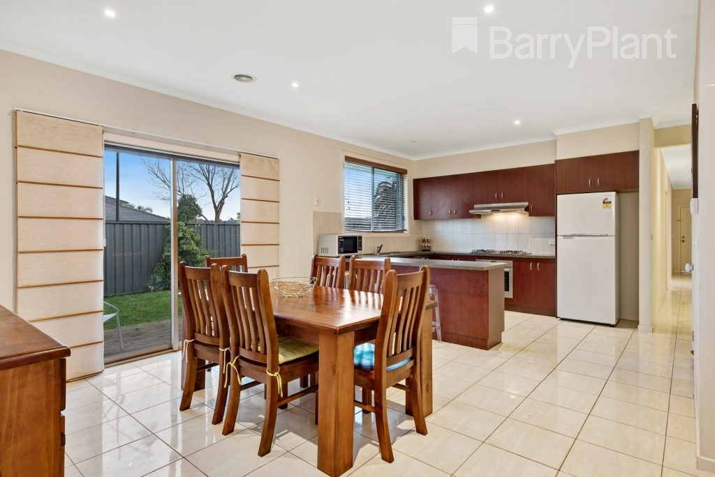 37 Drysdale Crescent Point Cook