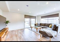 11 Greenfields Boulevard Romsey image