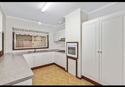 property/564616/17-hamilton-street-kilmore/ image