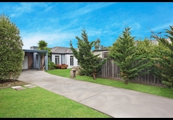 11 Windson Way Point Cook image
