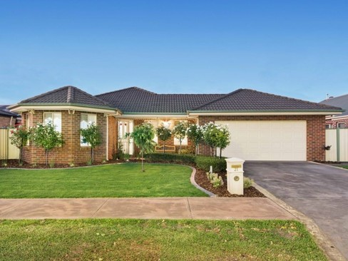 property/549634/21-hydefield-drive-wyndham-vale/ image