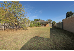 2/24 Cherrytree Rise Knoxfield image