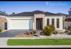 34 Cooinda Way Point Cook
