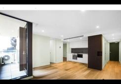 1102/10 CLAREMONT Street South Yarra image