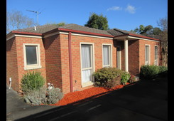2/27 Sunbeam Avenue Ringwood East