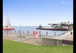 204/100 Western Beach Road Geelong image