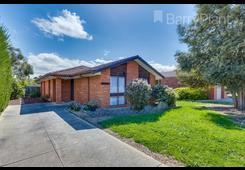 8 Muirfield Drive Sunbury