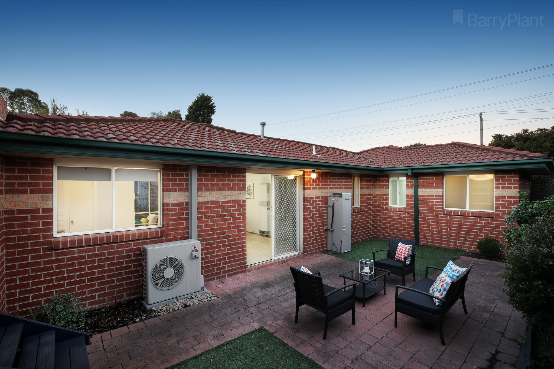 1/158-160 Wantirna Road Ringwood