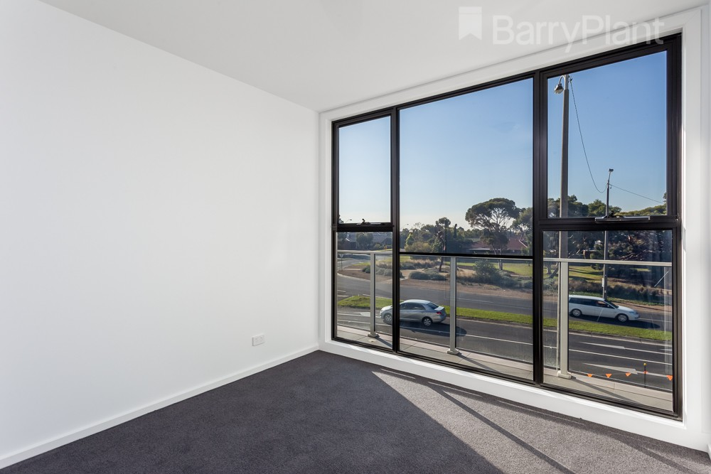 120/390 Queen Street Altona Meadows