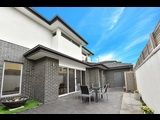 2/6 Nelson Court Avondale Heights - image