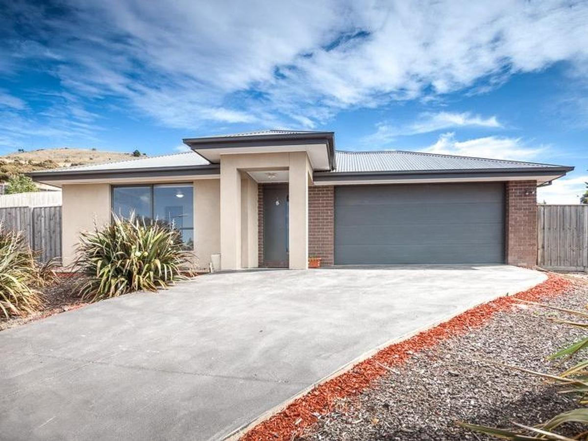 6 Oswin Court Sunbury