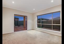 16 Brownlow Drive Point Cook image