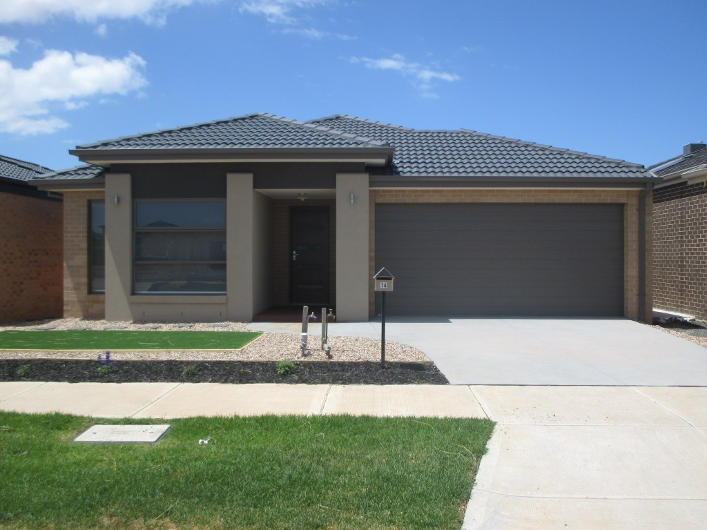 16 Hanover Street Point Cook