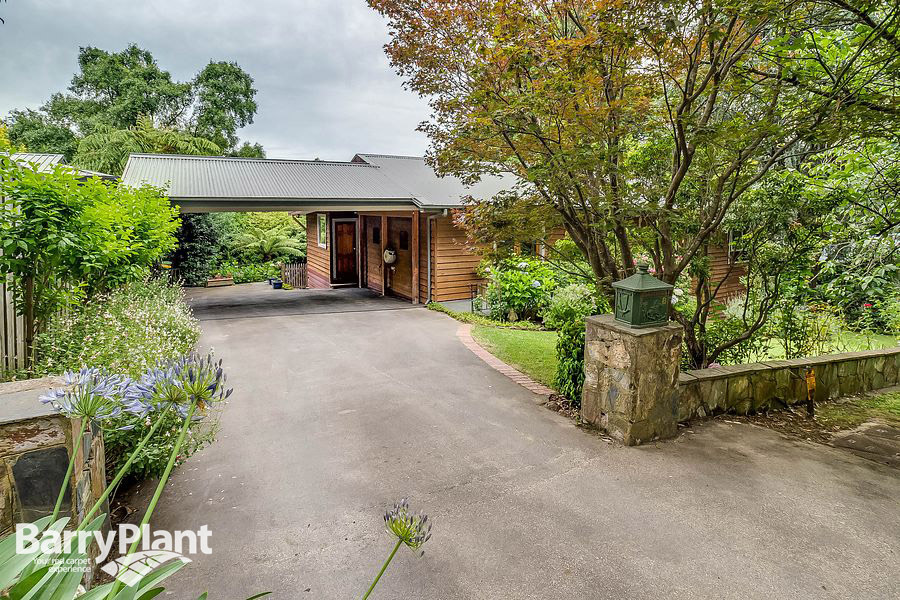 8 Black Hill Road Menzies Creek
