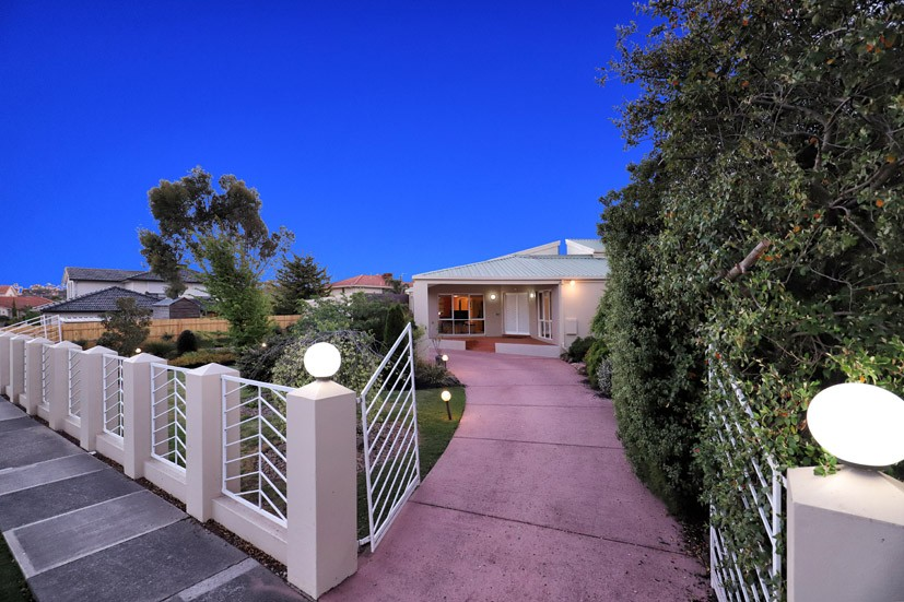 1 Haddington Crescent Greenvale