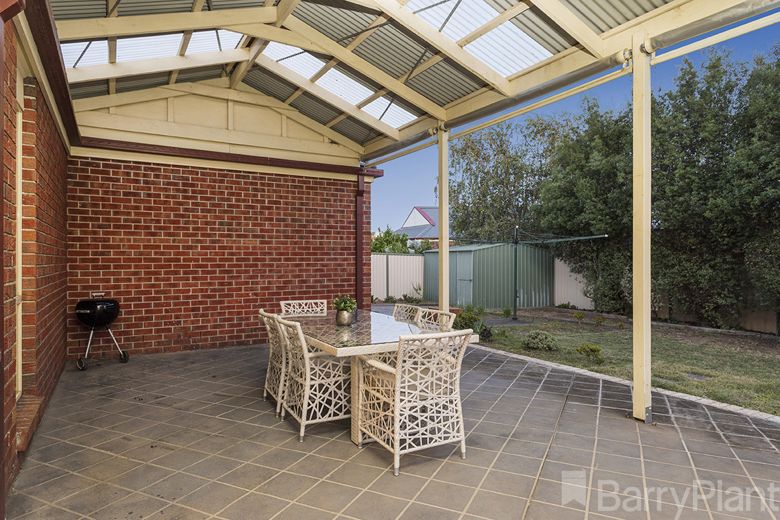 11 Catania Avenue Point Cook
