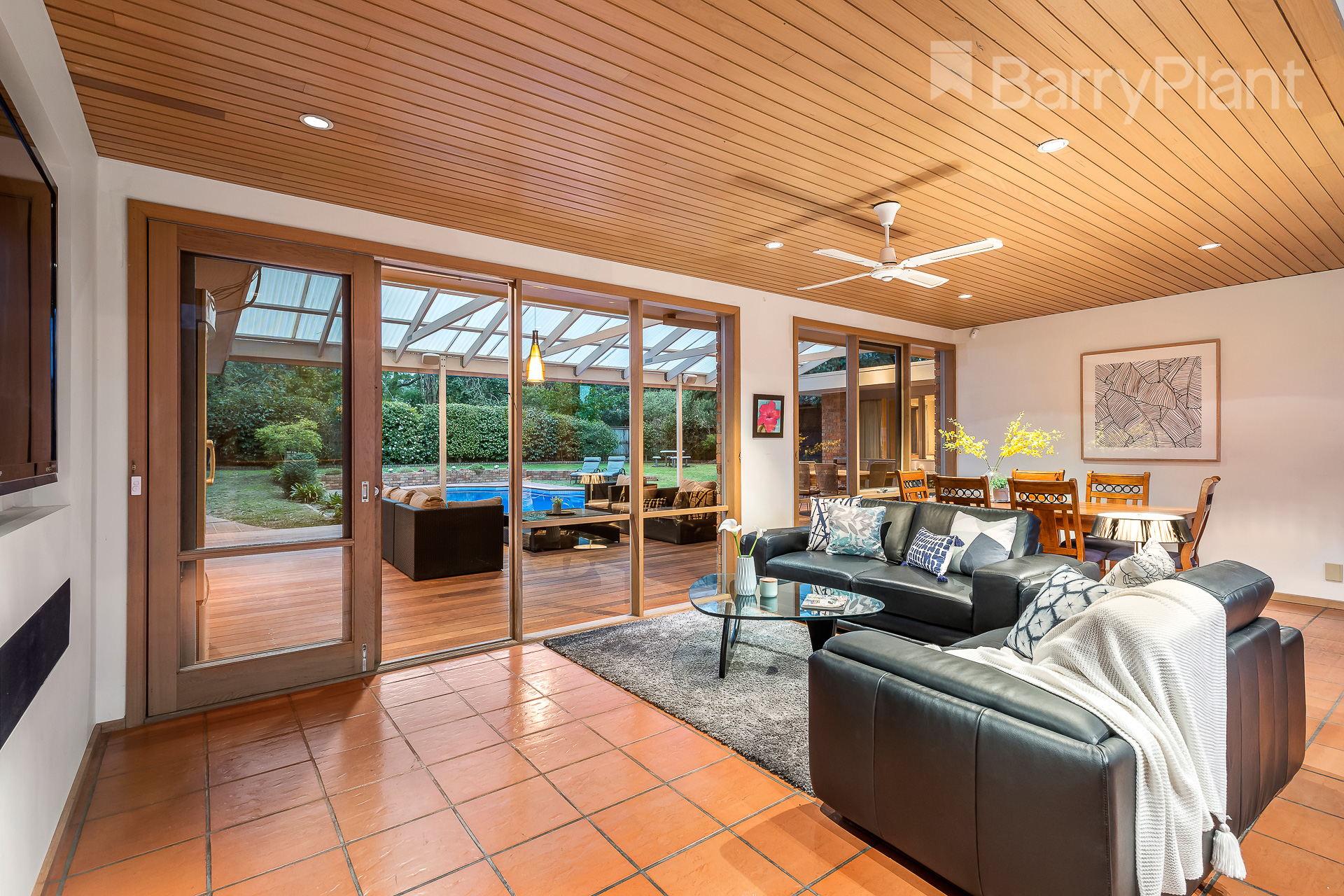 2 Pett Court Heathmont