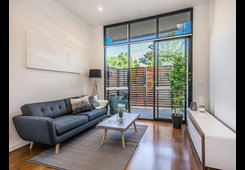 1/314 Pascoe Vale Road Essendon image