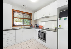 2/3 Coromandel Crescent South Knoxfield