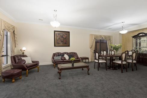 property/570922/4-redmond-court-bundoora/ image