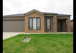 73 Stately Drive Cranbourne East