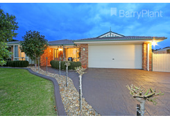 13 Brooklyn Bay Close Rowville