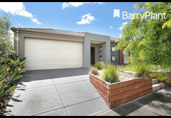 31 Kerford Crescent Point Cook