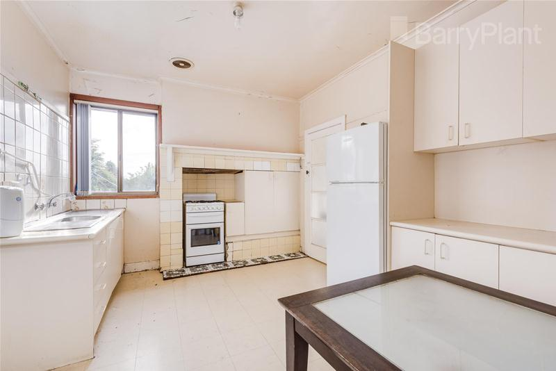 77 Jones Road Dandenong