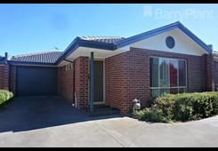 2/17 Grout Court Sunbury