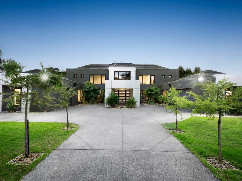 8 Roseburn Court Lower Plenty