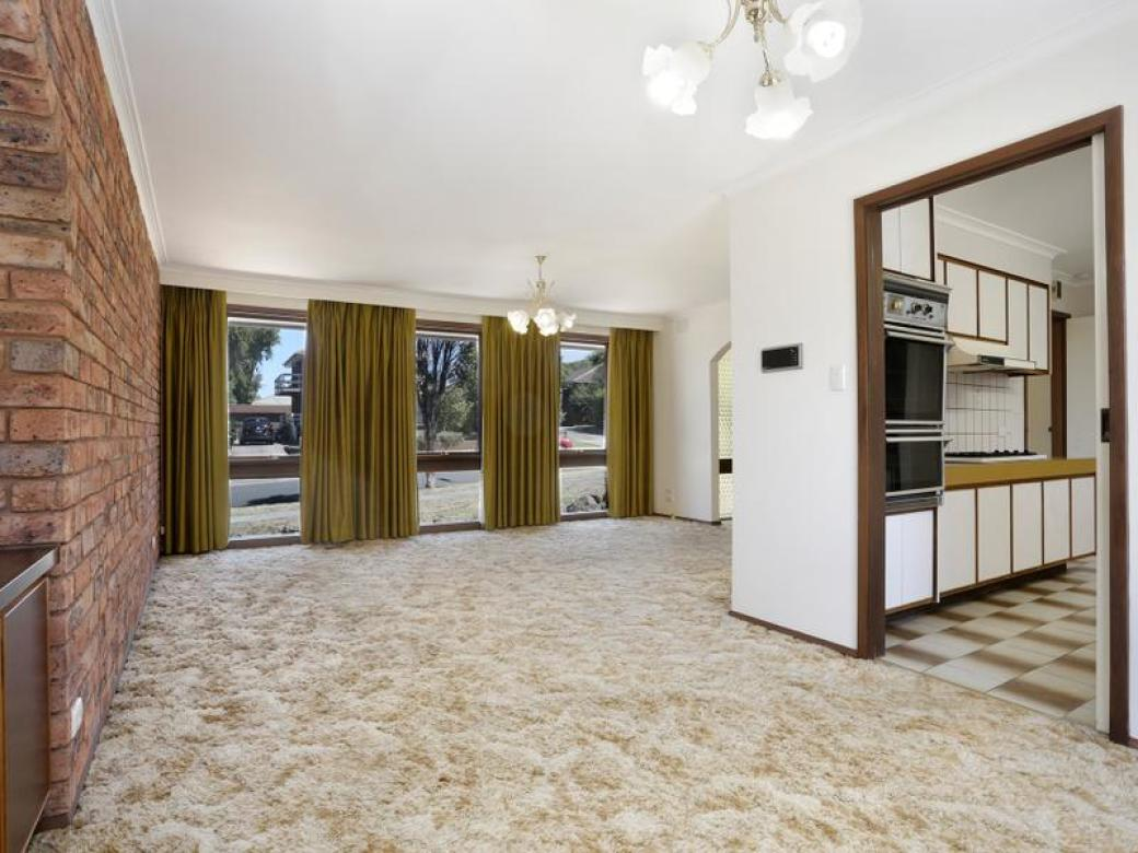 10 Pineview Close Wheelers Hill
