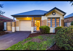 41 Hollington Drive Point Cook