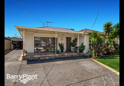 38 Andrew Rd St Albans