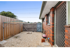 8/220-222 Wilsons Road Whittington image