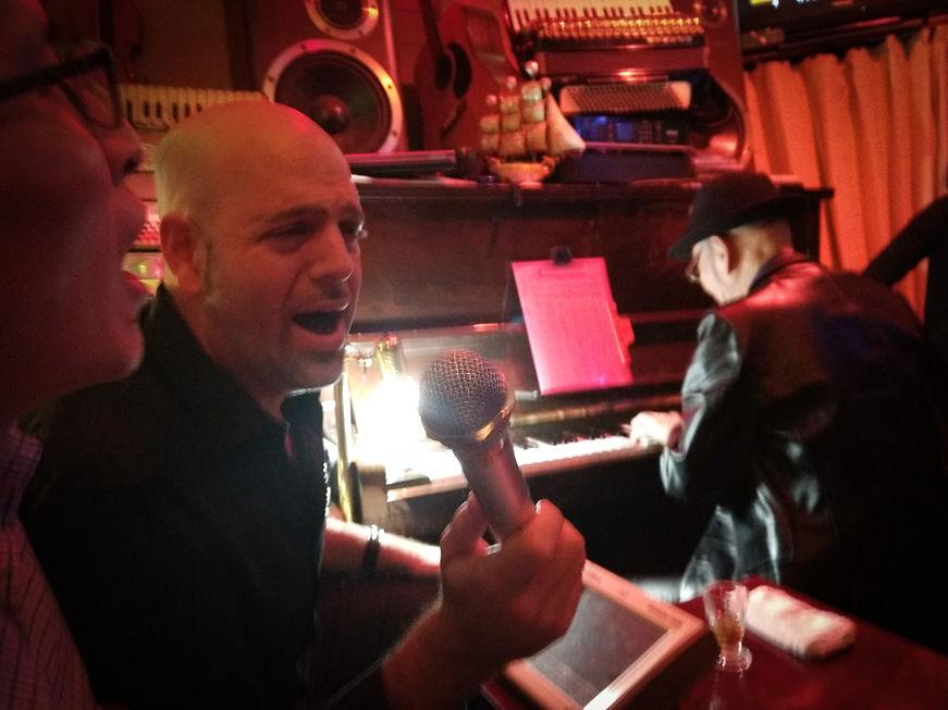 Saul, Shawn & Japanese Rocker, Karaoke piano bar, Yokohama