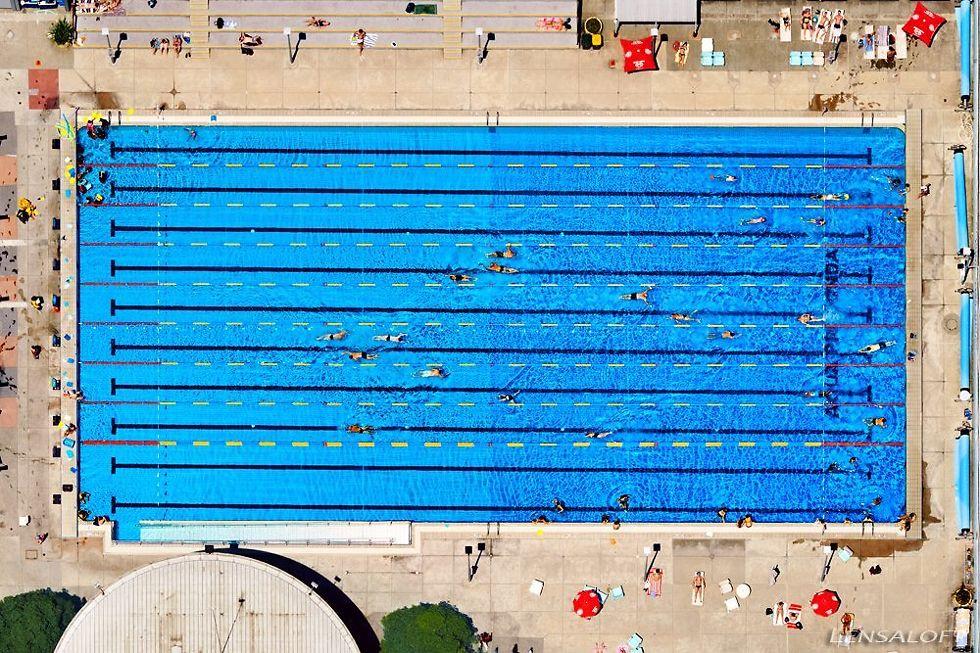 Andrew Griffiths Lensaloft Swimming Pool Australia