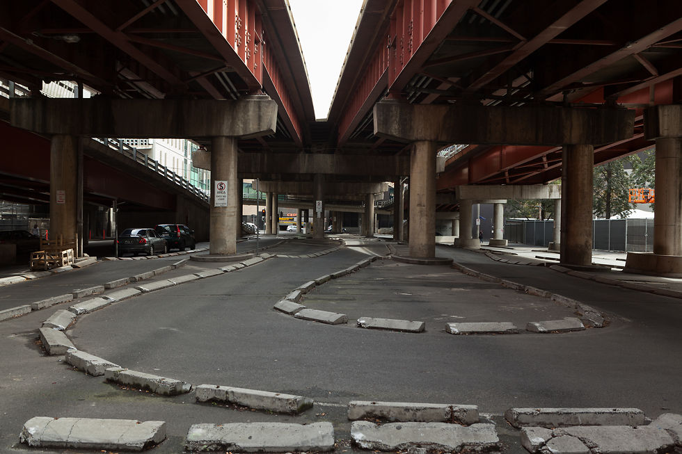 King Street underpass, Southbank boundary