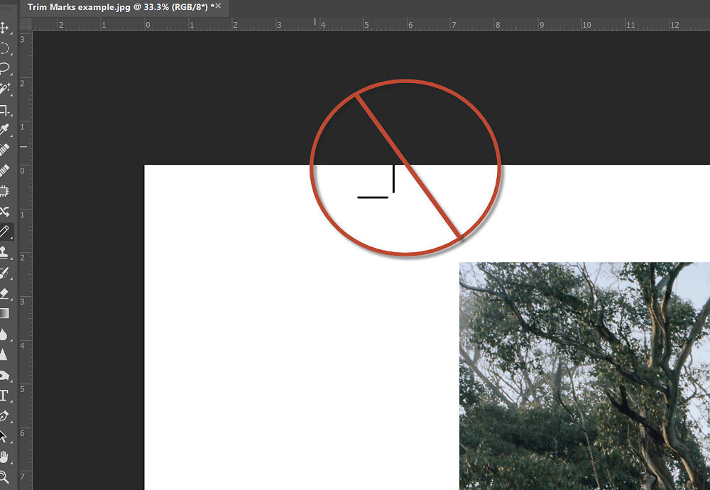An example of a file set up with floating crop marks. DO NOT use this approach, you will lose your references for cutting after 2 slices.