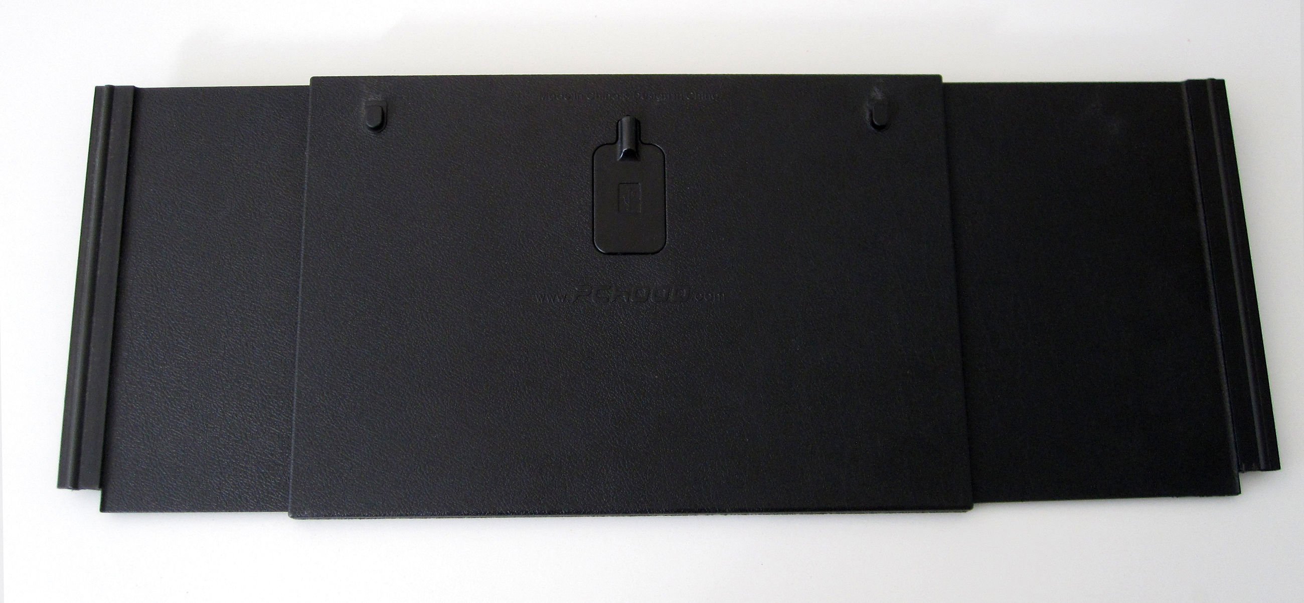 PCHood Monitor Hood for 15 to 25 Inch Monitors Image