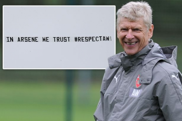 Hong Kong Arsenal fan syndicate revealed to be behind pro-Arsene Wenger banner against West Brom