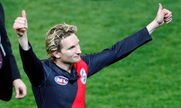 Dons express support for Hird