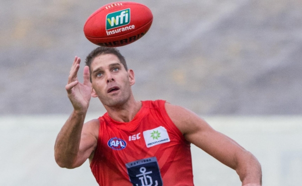 Fremantle giant Aaron Sandilands gives new ruck rule the thumbs up