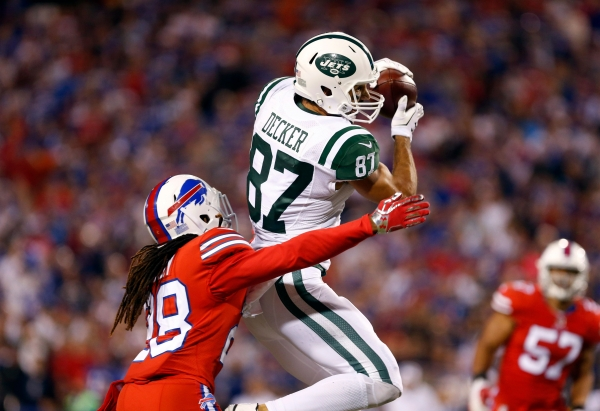 Eric Decker signed by Tennessee Titans