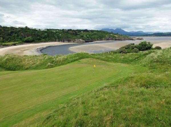 Porthmadog Golf Club Course Review