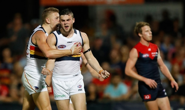 Crows conquer Dees in Darwin