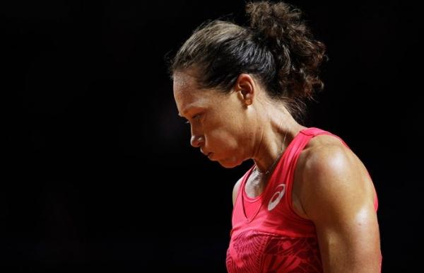 Stosur falls in comeback match