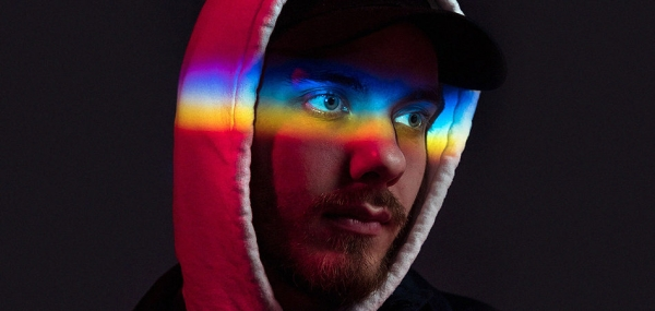"San Holo brings a new level of intimacy to ""I Still See Your Face"""