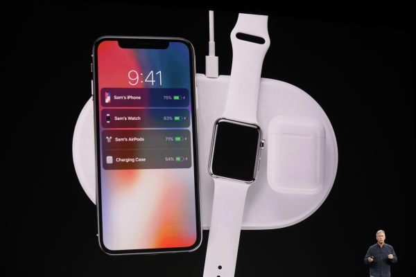 Apple announces a wireless charging case for the AirPods
