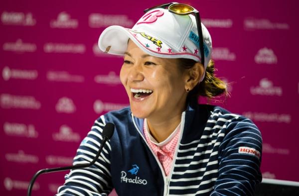 Ai Miyazato bids emotional farewell