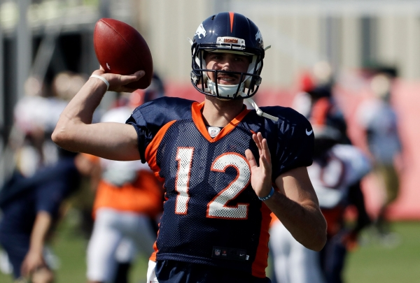 Broncos QB Paxton Lynch throwing again, aims to return soon